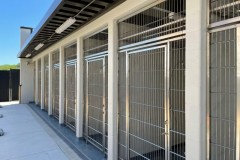 P900-Exterior-North-Side-Kennels